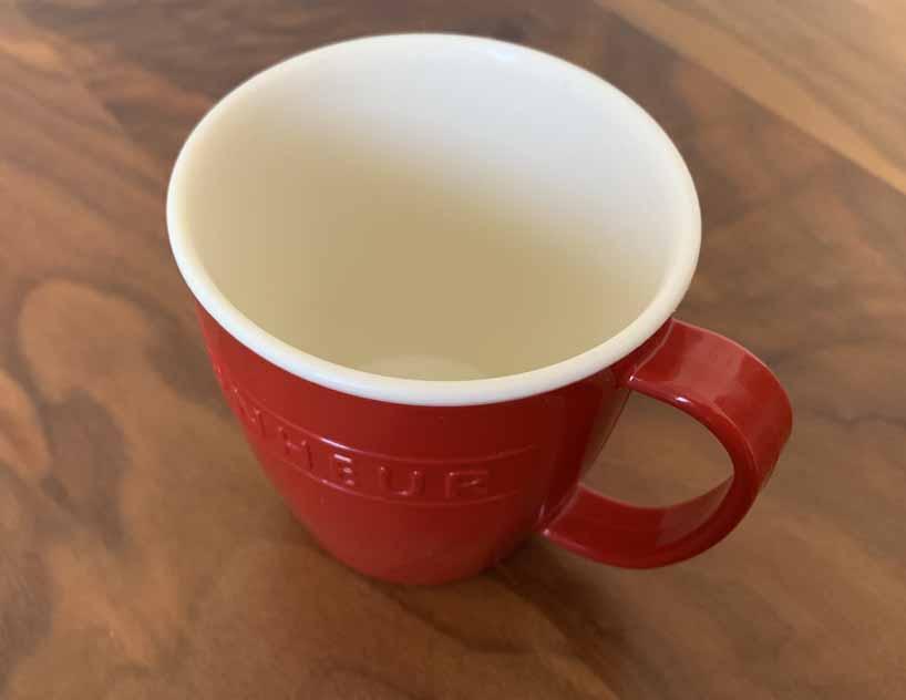 耐熱のプラスチックカップ