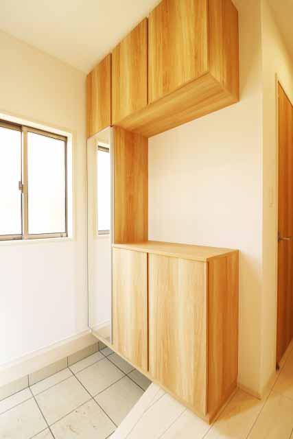 玄関掃除もウタマロクリーナーマンションでも使えます
